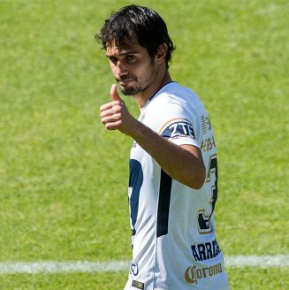 Alejandro Arribas, durante un juego de Pumas