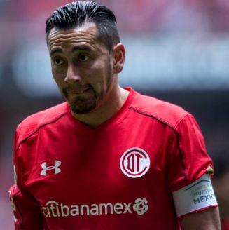 Rubens Sambueza, durante un juego con Toluca