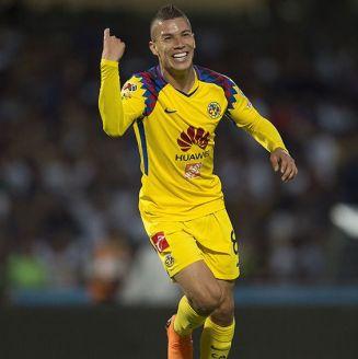 Uribe celebra su anotación contra los Pumas en Cuartos