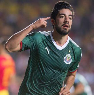 Pizarro celebra un gol contra Monarcas