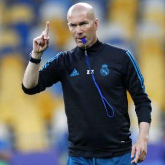 Zidane dirige entrenamiento del Real Madrid