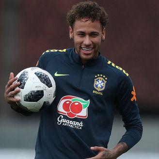 Neymar entrena con la Selección de Brasil rumbo a Rusia 2018