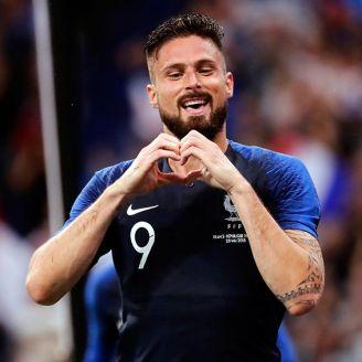 Olivier Giroud festeja su anotación contra Irlanda