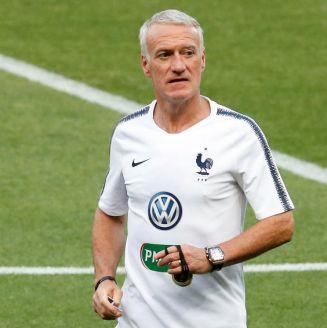 Deschamps, durante un entrenamiento de Francia