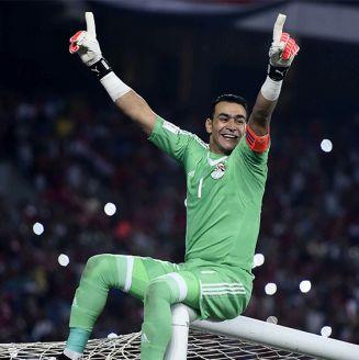 Essam El-Hadary celebra una victoria de Egipto