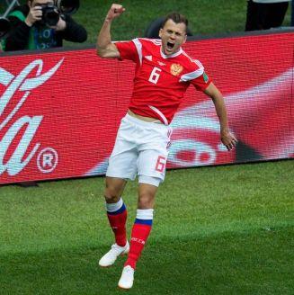 Cheryshev celebra uno de sus dos goles frente a Arabia