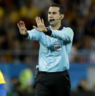 César Arturo Ramos, en el juego entre Brasil y Suiza en Rusia 2018