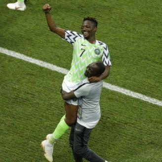 Musa celebra gol contra Islandia