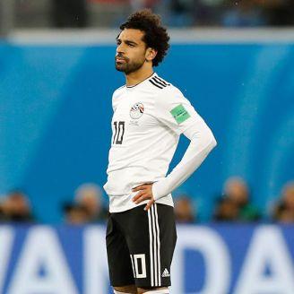 Mohamed Salah se lamenta tras la derrota contra Rusia