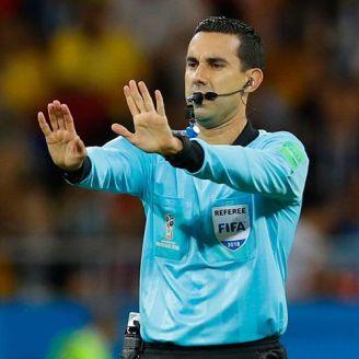 César Ramos en el partido contra Brasil