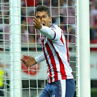 Ángel Zaldivar festeja el gol