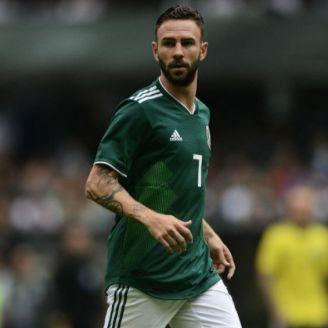 Layún durante un partido de México en el Mundial