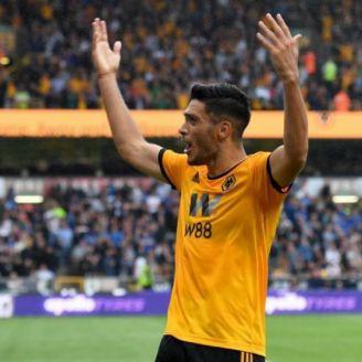 Raúl Jiménez celebrando su gol vs Everton