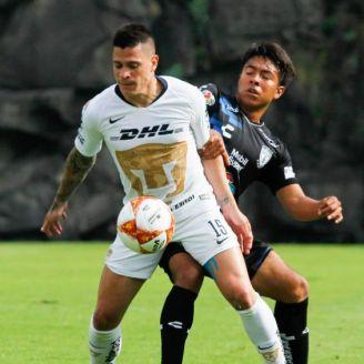 Juan Iturbe durante un partido contra Tuzos