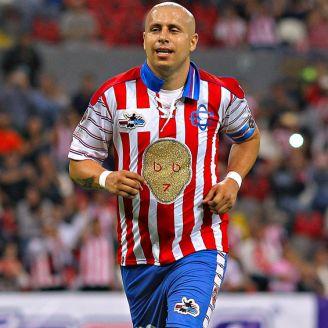 Bofo durante su juego de despedida en el Estadio Jalisco