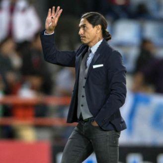 Juan Francisco Palencia dirigiendo un partido