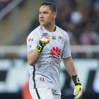 Moisés Muñoz durante un partido con América