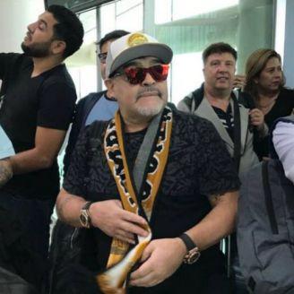 Maradona, a su llegada a la ciudad de Culiacán, Sinaloa