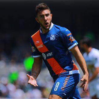 Lucas Cavallini celebra su gol ante Pumas en el A2018