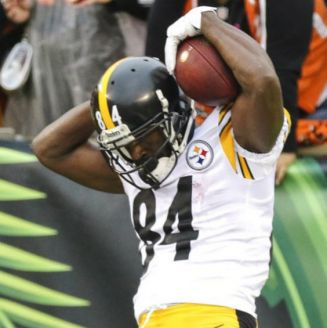 Antonio Brown celebra touchdown