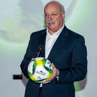 Bonilla en la presentación del balón para el Clausura 2019