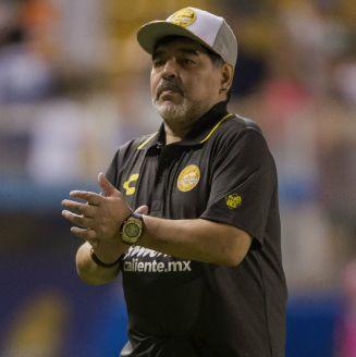 Maradona durante un encuentro ante Cafetaleros
