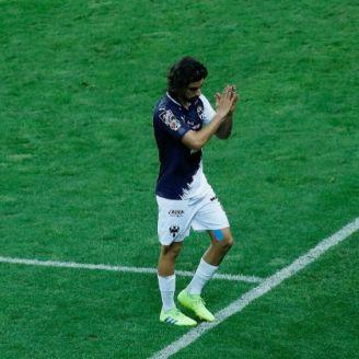 Pizarro sale de la cancha