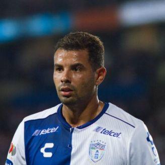 Edwin Cardona durante un partido en el Estadio Hidalgo