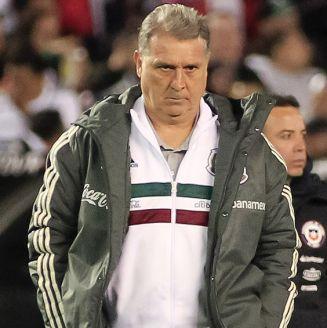 Tata Martino, durante juego del Tri contra Chile