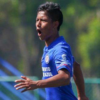 Jorge García celebra un gol ante Pachuca Sub 17