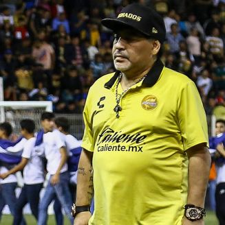 Maradona, durante un juego de Dorados