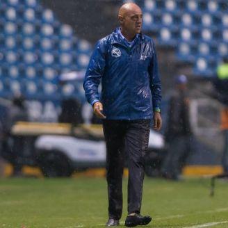 José Luis Sánchez, después de un partido del Puebla