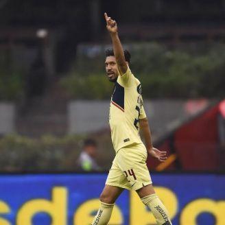 Oribe, durante un partido en el Azteca