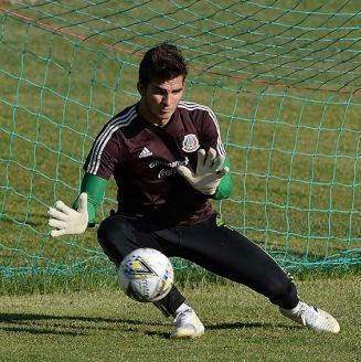Sebastián Jurado, en entrenamiento con el Tri