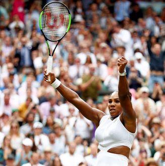 Serena Williams festeja su victoria en Wimbledon