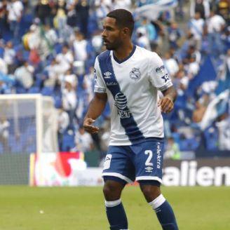 Angulo, en un partido del Puebla
