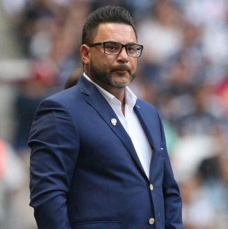 Antonio Mohamed, durante un juego de Monterrey en el BBVA