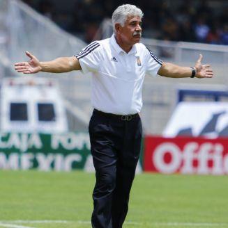 Ricardo Ferretti durante un encuentro frente a Pumas