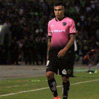 Lezcano sale expulsado del juego ante Chivas