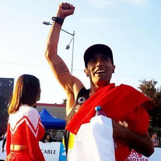 Barrios celebra su tercer puesto