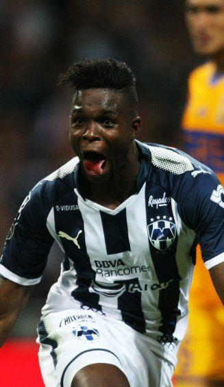 Avilés Hurtado festeja gol contra Tigres