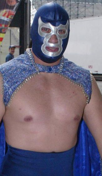 Blue Demon Jr. previo a un evento