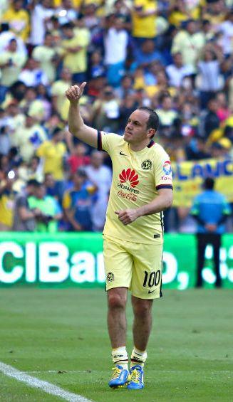 n su homenaje durante el partido de la jornada 9 del torneo Clausura 2016