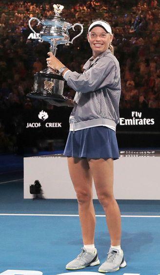 Wozniacki levanta el título del Abierto de Australia
