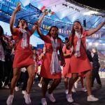 Atletas mexicanas gritan al desfilar en Maracaná