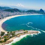 El Fuerte está ubicado en la Playa de Copacabana