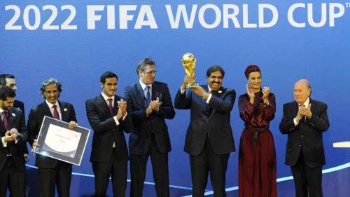 Blatter anuncia a Qatar como sede para el Mundial de 2022