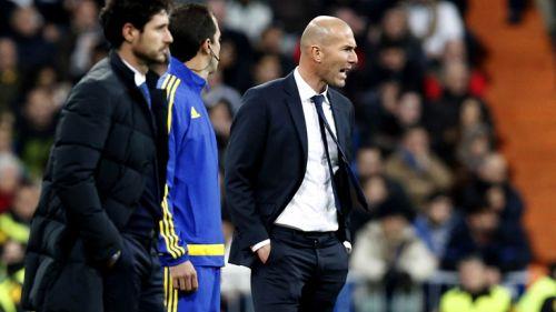 Zinedine Zidane durante un partido del Real Madrid