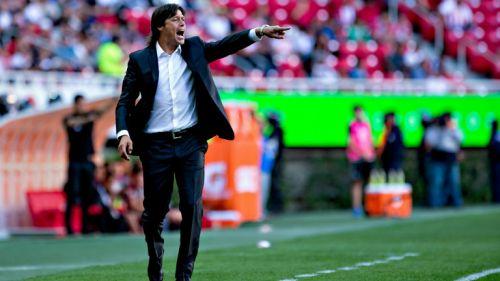 Almeyda da instrucciones en juego de Chivas