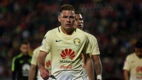 Pablo Aguilar, en lamento durante el juego Xolos vs América